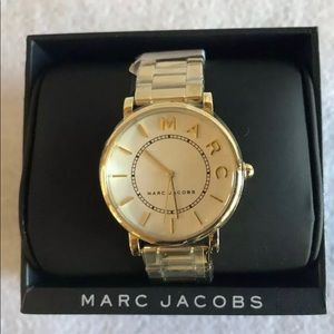 Brand New Marc Jacobs Gold Wristwatch